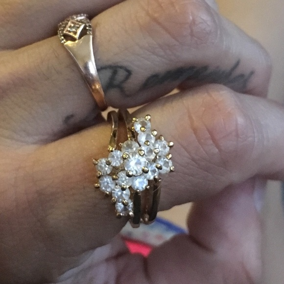 b4ce4078e010c Vintage 1950's Cocktail Ring, Beautiful!